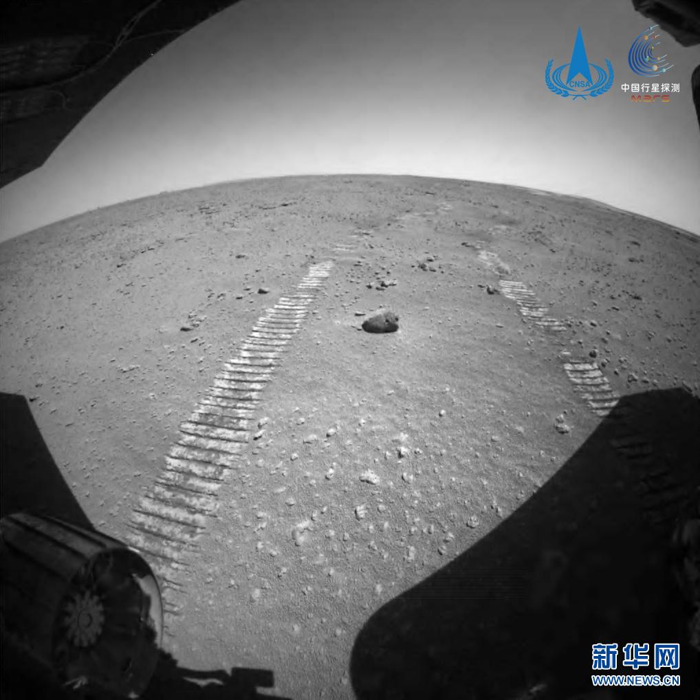 祝融号火星车圆满完成既定探测任务 将继续行驶实施拓展任务